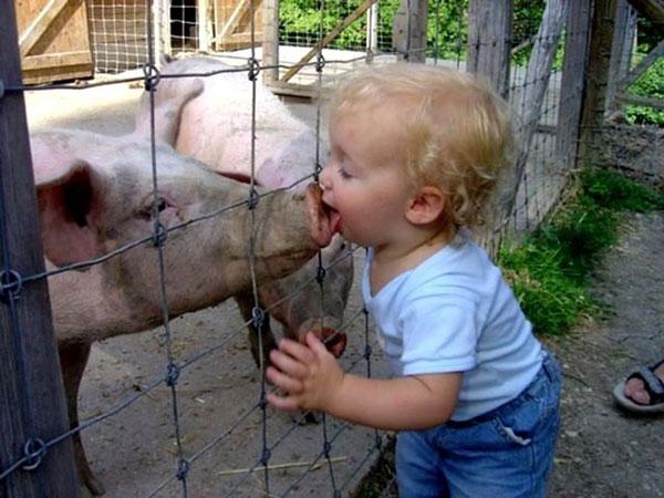 عکس های خنده دار از بچه های بامزه و شیطون