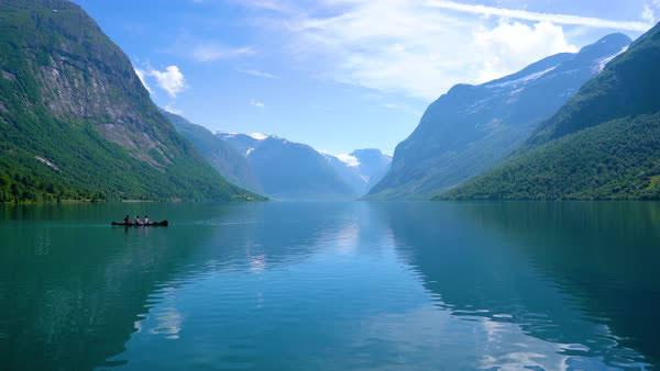 عکس طبیعت دریاچه