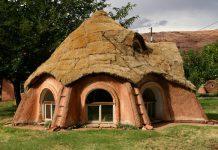 خانه زیبا در طبیعت