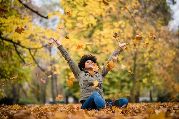 عکس پاییز دخترانه