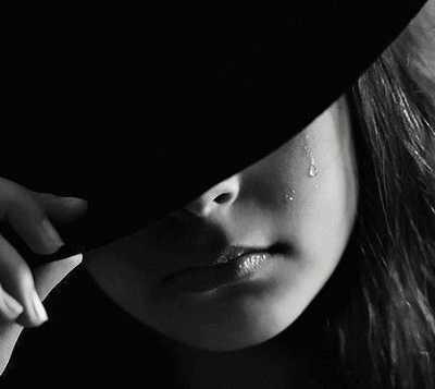 عکس پروفایل واتساپ، لاین و تلگرام غمگین زیبا و عاشقانه