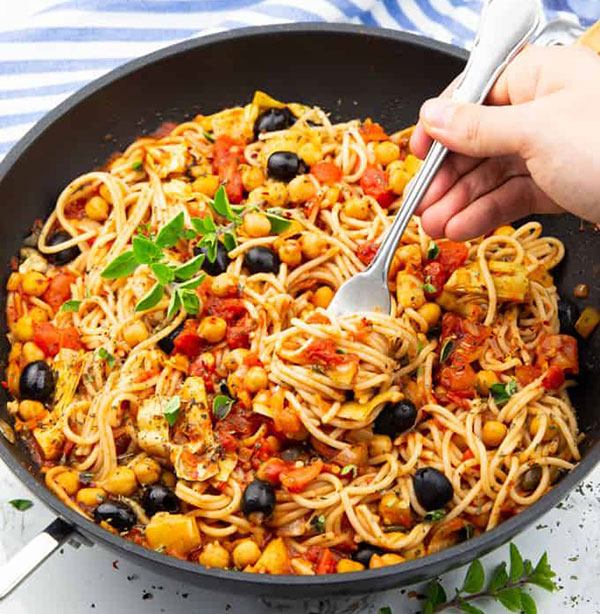 طرز تهیه اسپاگتی ساده و خوشمزه