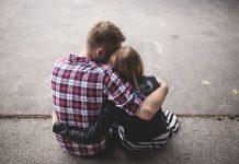 نشانه های علاقه و عشق یک مرد به زن