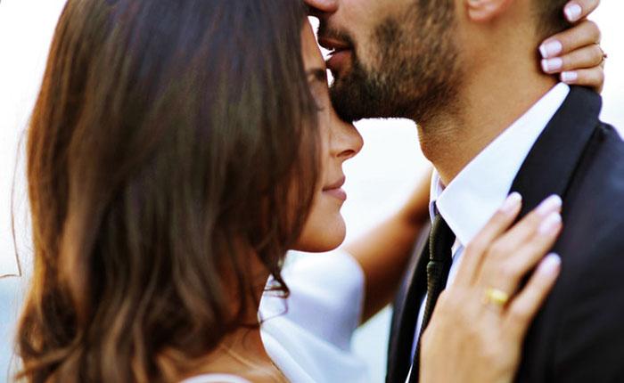 تعبیر خواب بوسیدن و بوسه