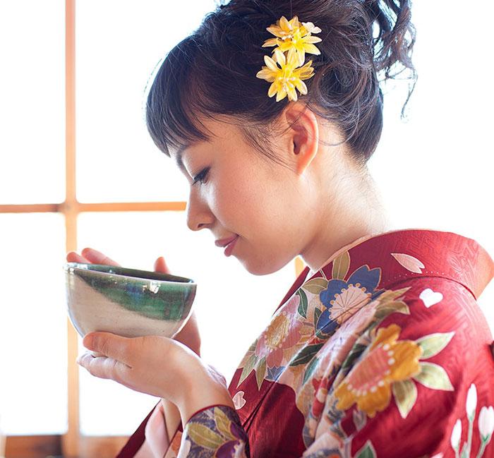 فواید و مضرات چای ماچا