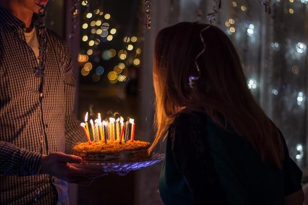 دانلود آهنگ های شاد تولدت مبارک برای بزرگسالان
