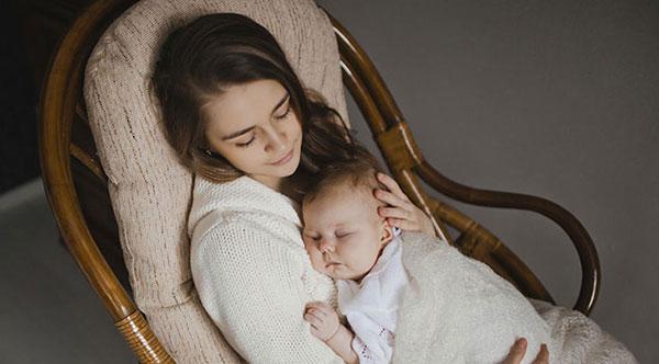 انشا در مورد صدای لالایی مادر