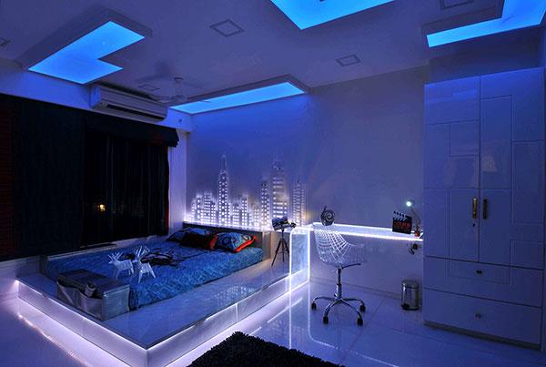 اتاق خواب آبی رنگ