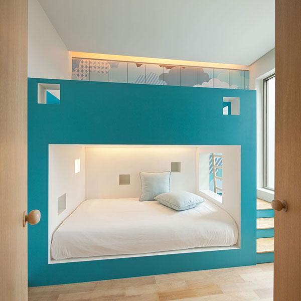 دکوراسیون اتاق خواب به رنگ آبی آسمانی
