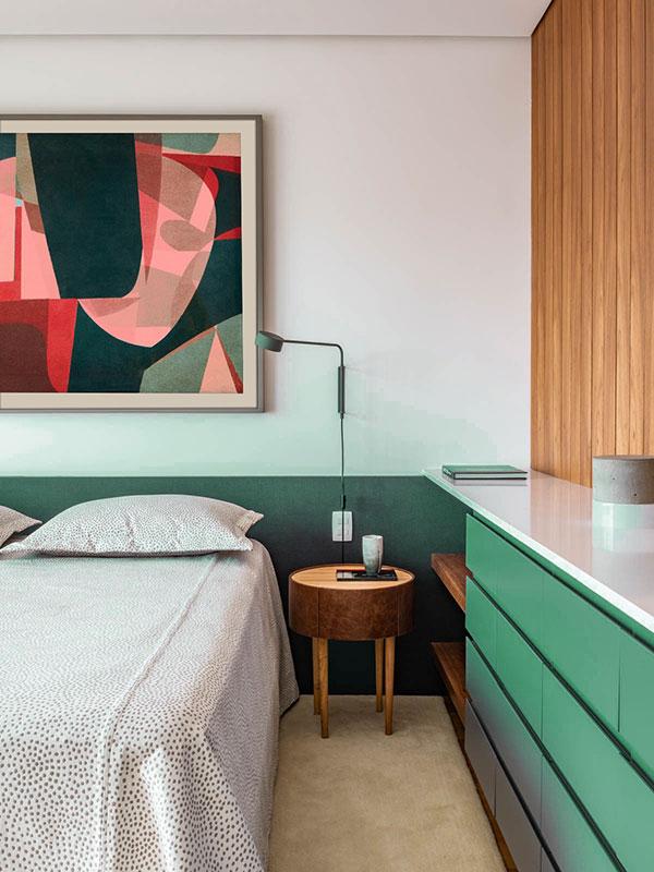 دکوراسیون اتاق خواب کوچک سبز رنگ