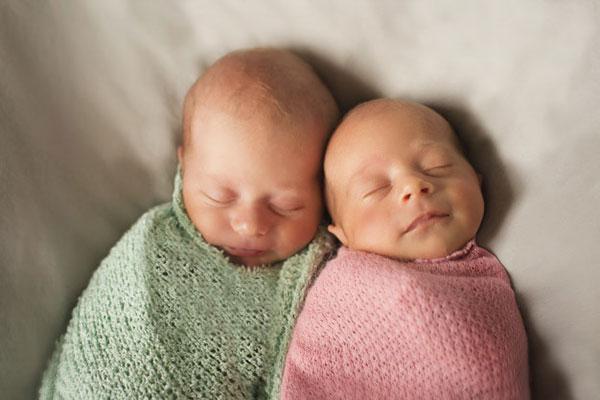 عکس پروفایل بارداری دو قلوی پسر